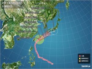 110528_typhoon2